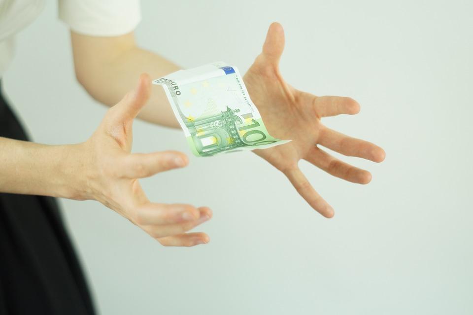 levitující eura